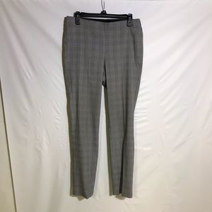 Black house white market pants